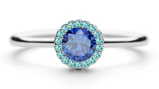 Cannele-33pt-Diamond-in-platinum_Blue-Sapphire-Aquamarine
